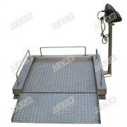 花纹防滑称重轮椅秤,耐用电动轮椅秤